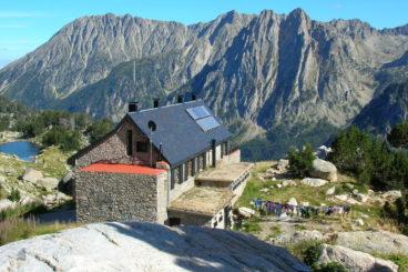 Amitges Refuge 368x245 - Mountain Shelters Aigüestortes