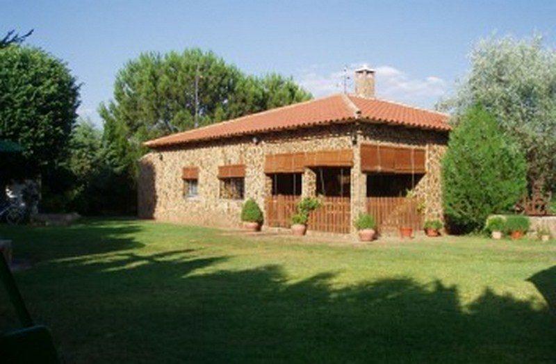 Casa Los Jabones 1 e1588171638169 - Where to rest-Cabañeros