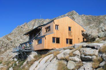 Colomina Refuge 368x245 - Mountain Shelters Aigüestortes