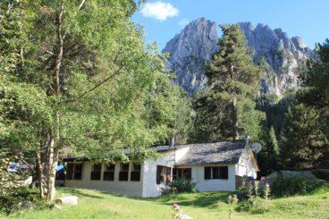 Ernest Mallafre Refuge 368x245 - Mountain Shelters Aigüestortes