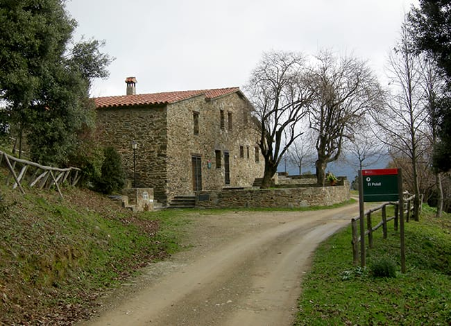 Host El Polell - Mountain Shelters Montseny