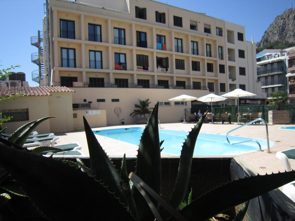 Hotel medes - Where to rest-El Montgri, Illes Medes i Baix Ter