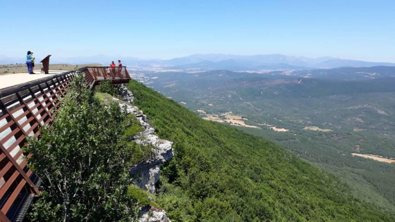 Mirador Fuentes Carrionas - Parque Natural Fuentes Carrionas y Fuente Cobre-Castilla y León-España