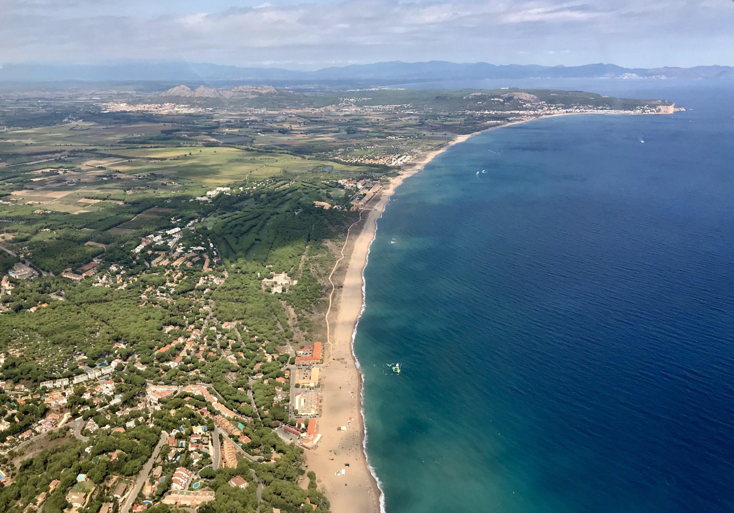 Platja de Pals 1 scaled e1586876413574 - El Montgrí, Illes Medes i Baix Ter-Cataluña-España
