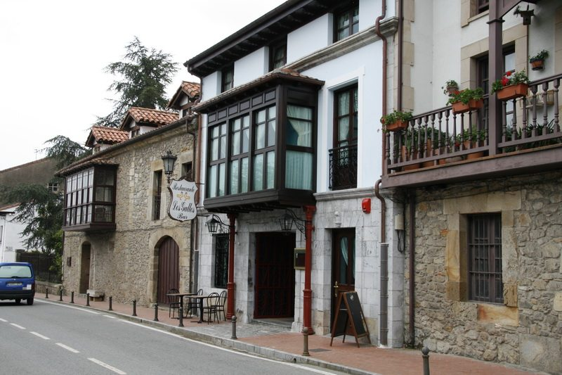 Posada Los Gallos - Where to rest-Santoña