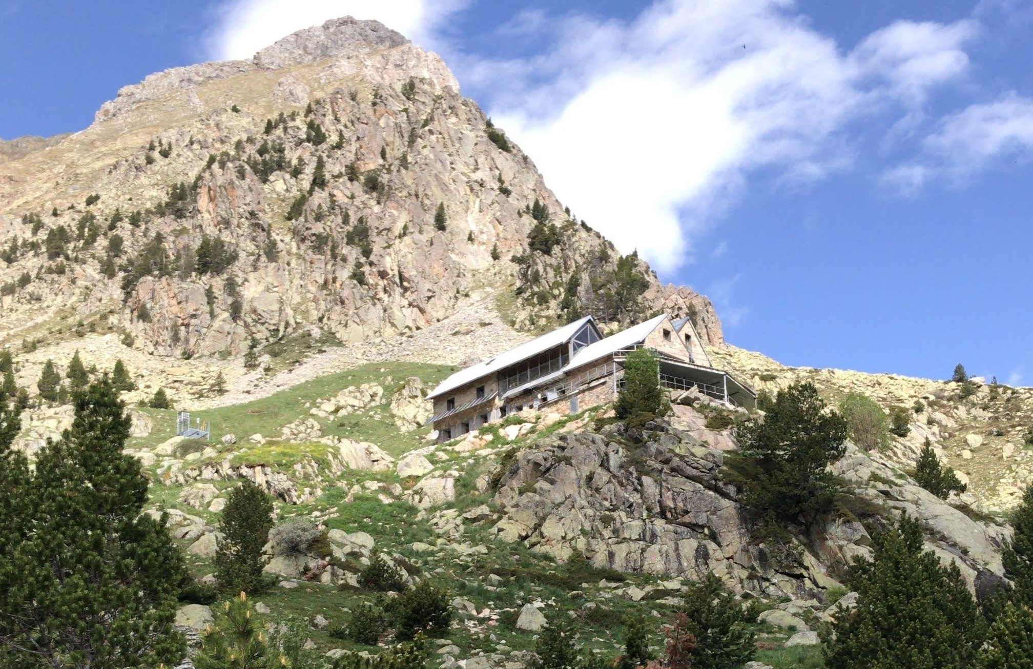 Refugio Angel Orus - Mountain Shelters Posets Maladeta