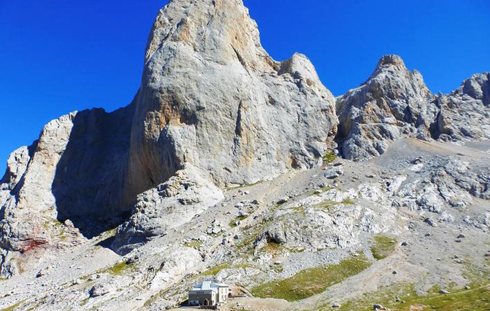 Refugio del Urriellu - Where to rest-Picos de Europa