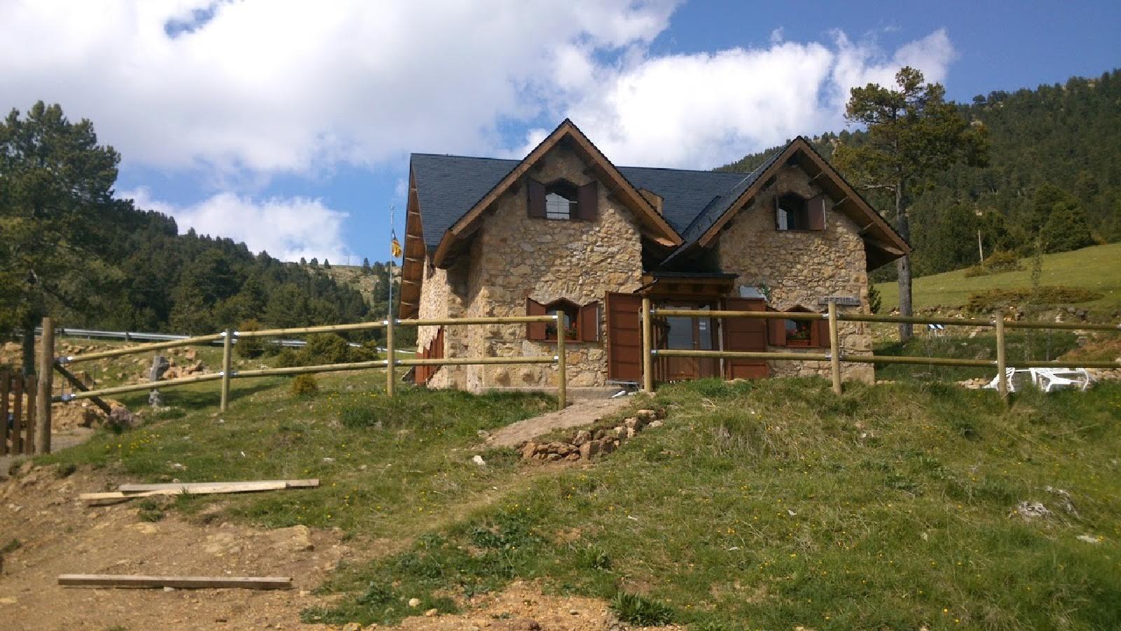 Xalet Refugi Rasos de Peguera - Mountain Shelters Cadí-Moixeró