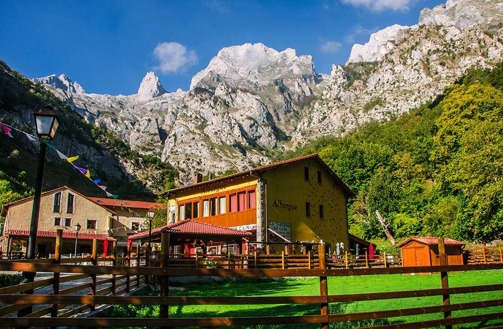alberguediablodelapeña - Where to rest-Picos de Europa