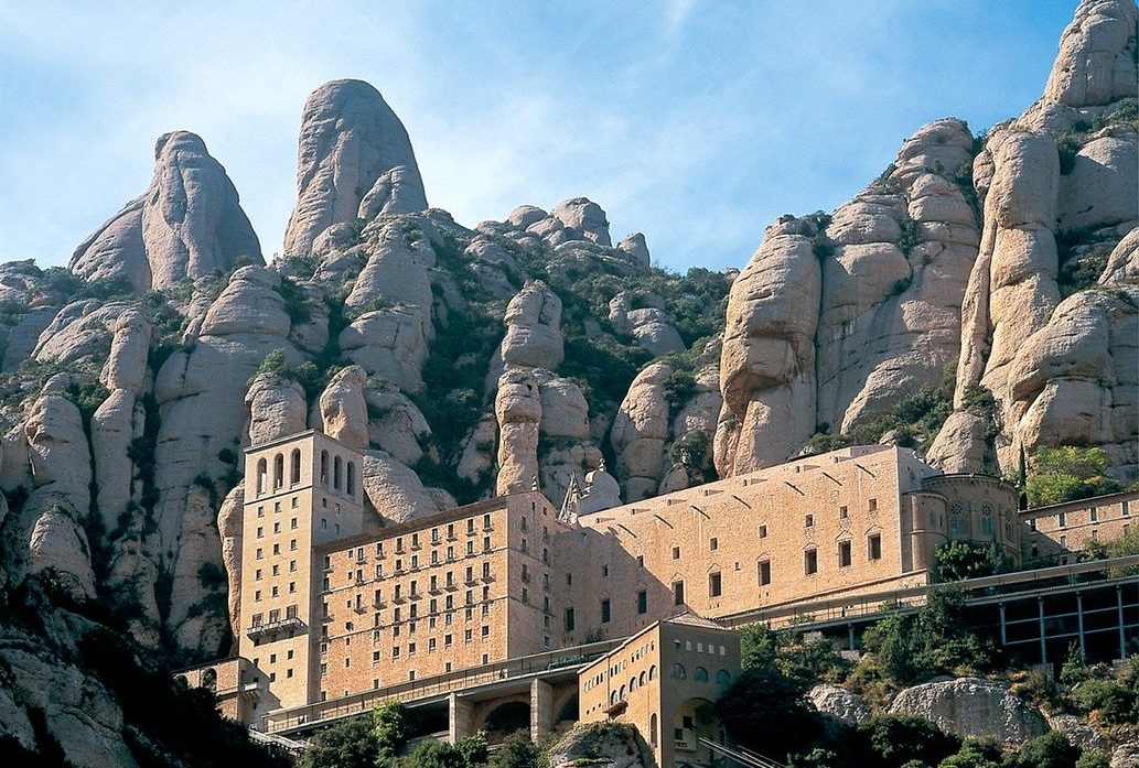 celesabatmarcet e1586950738798 - Where to rest-Montserrat