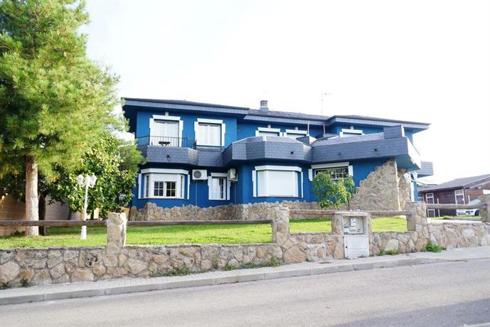 hotel lapedriza - Where to rest-La Cumbre, Circo y Lagunas de Peñalara