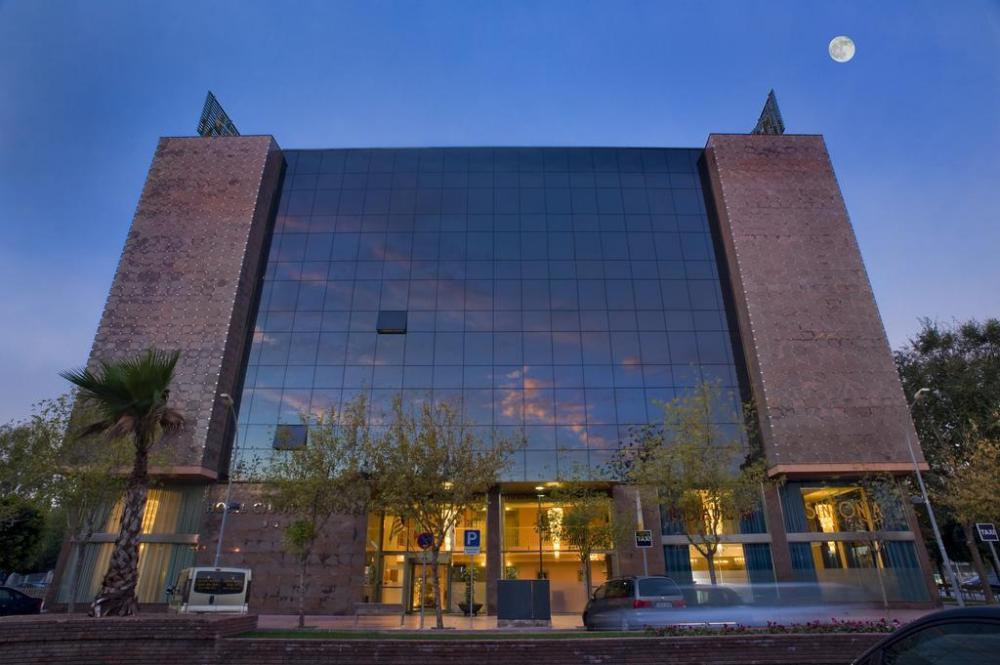 hotel salles ciutat del prat - Where to rest-Delta del Llobregat
