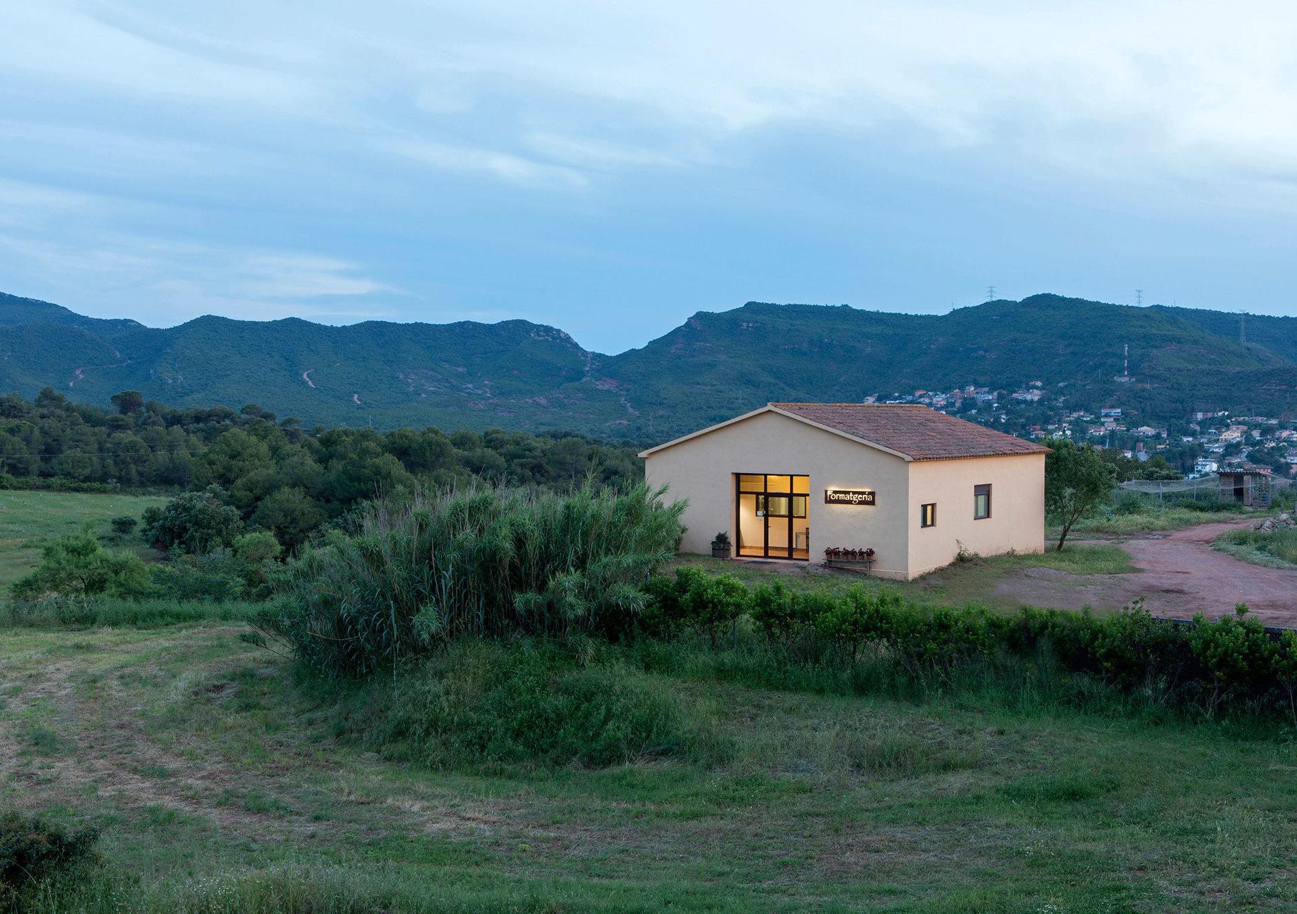 lafrasera e1586959807609 - Where to rest-Sant Llorenç del Munt i l'Obac