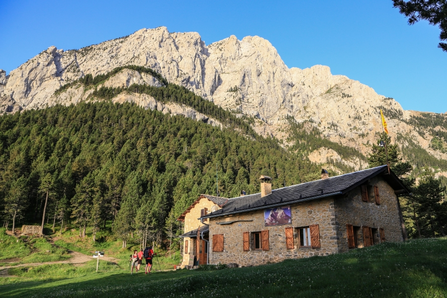 refugi estasen - Mountain Shelters Pedraforca