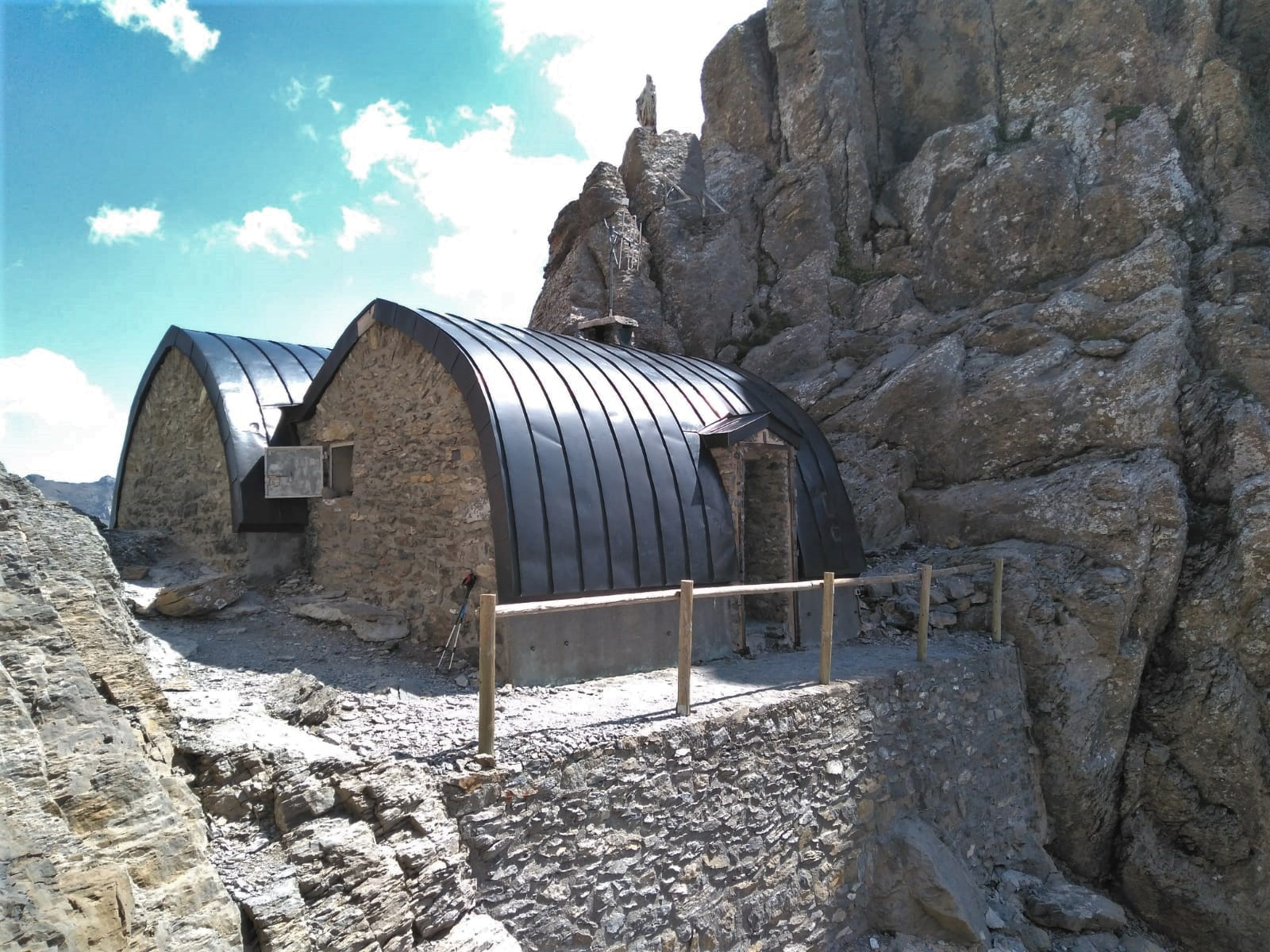 tucarroya 1 - Mountain Shelters Ordesa