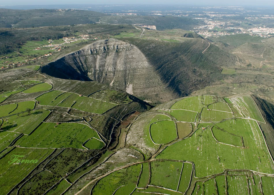 Parque Natural das Serras de Aire e Candeeiro - Serras de Aire e Candeeiros-Santarem-Portugal