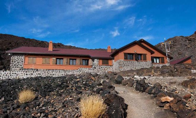 Refugio Altavista e1590075432637 - Where to rest-Teide