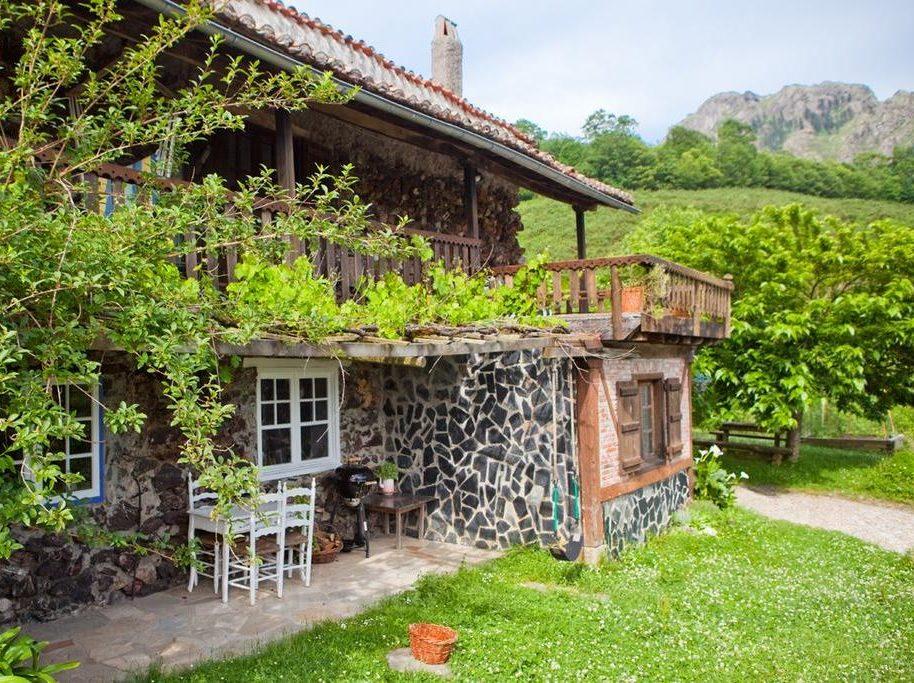 momotegi e1588505832453 - Where to rest-Peñas de Aya