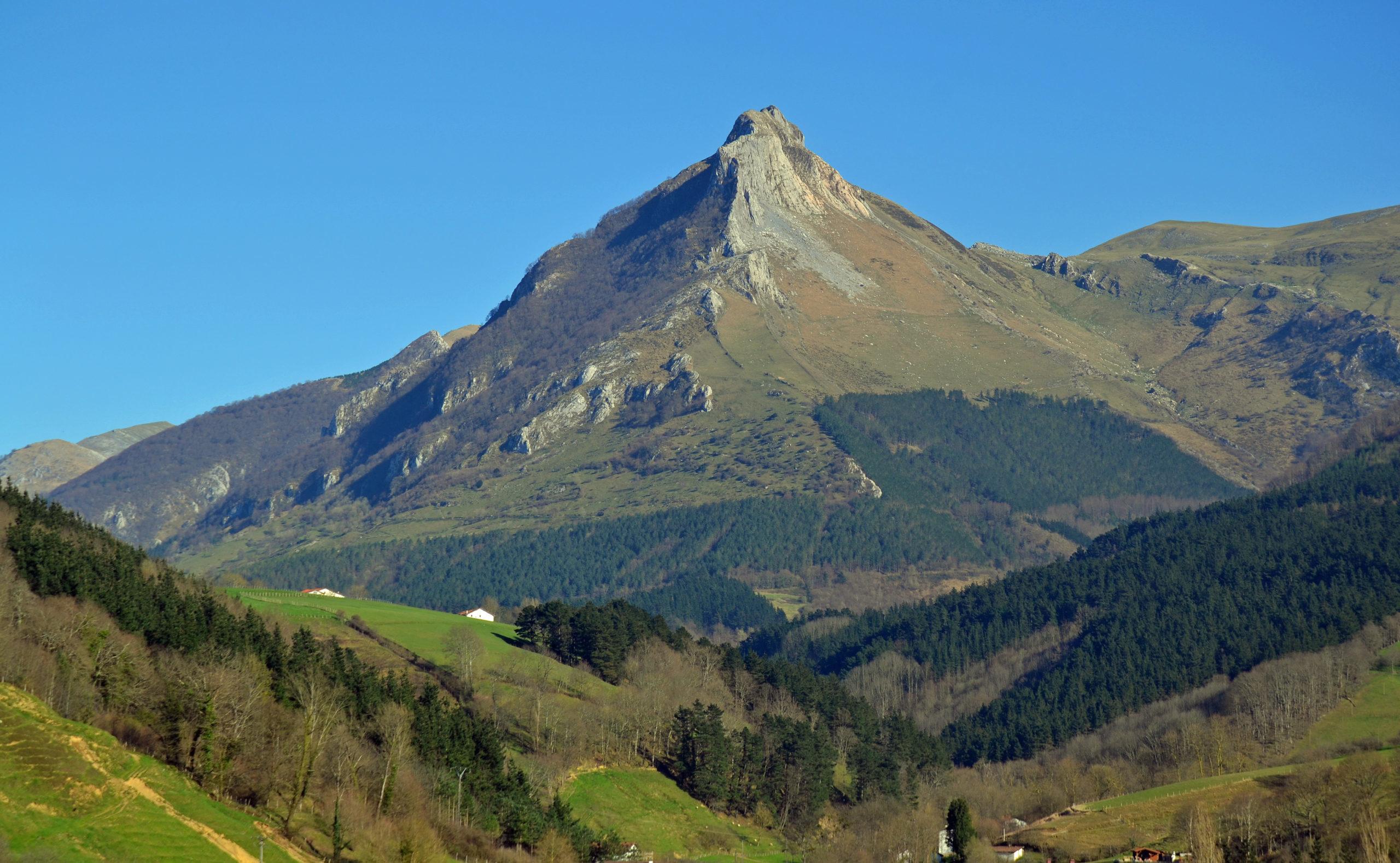 sierraaralar scaled e1588499204678 - Sierra de Aralar-Basque country-Spain