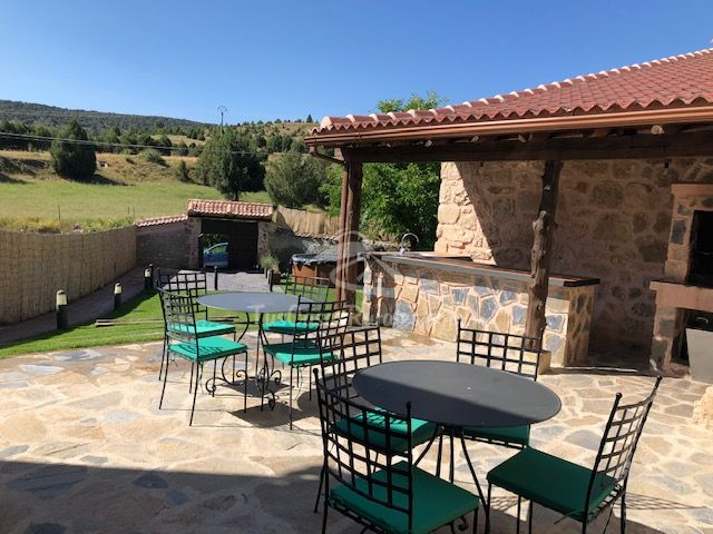 elescondite - Where to rest-Sierra de Guadarrama