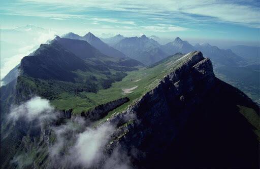 parquenaturalbauges e1614278215301 - Parc Naturel Régional du Massif des Bauges-France