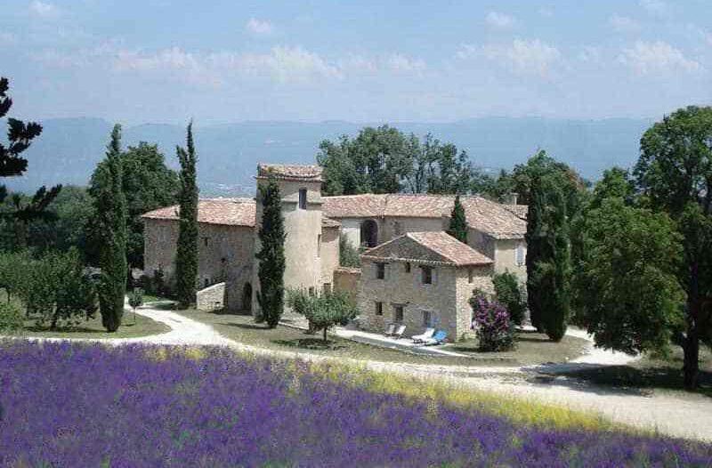 tourettes e1614105362115 - Where to rest Luberon